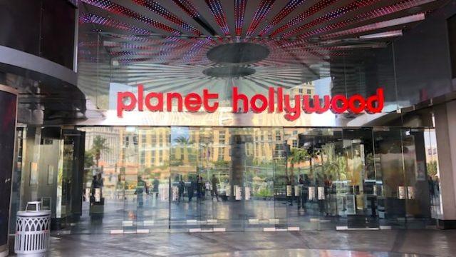 プラネットハリウッドのエントランス