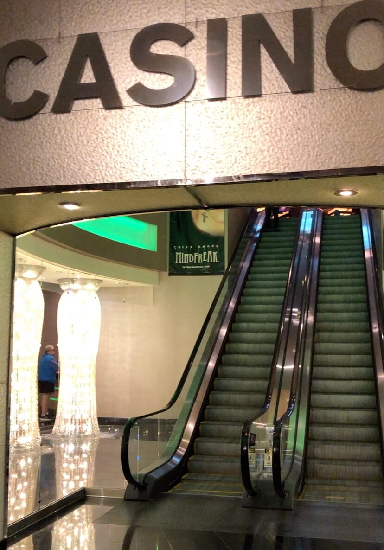 プラネットハリウッドのカジノ入り口