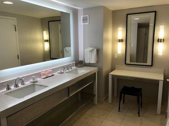 プラネットハリウッドの部屋のバスルーム4