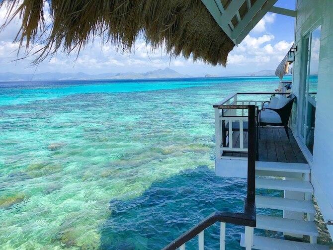 アプリット島の水上コテージ部屋12