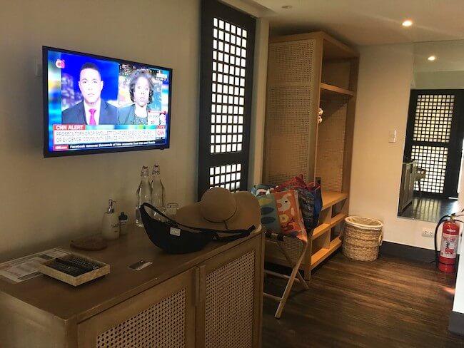 ガーデンコテージの部屋のテレビ