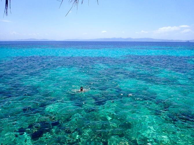 水上コテージの目の前の海